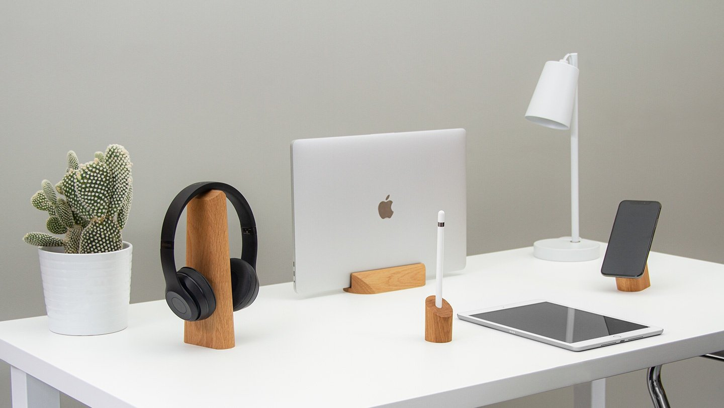 geo collection of minimal technology gadget accessories