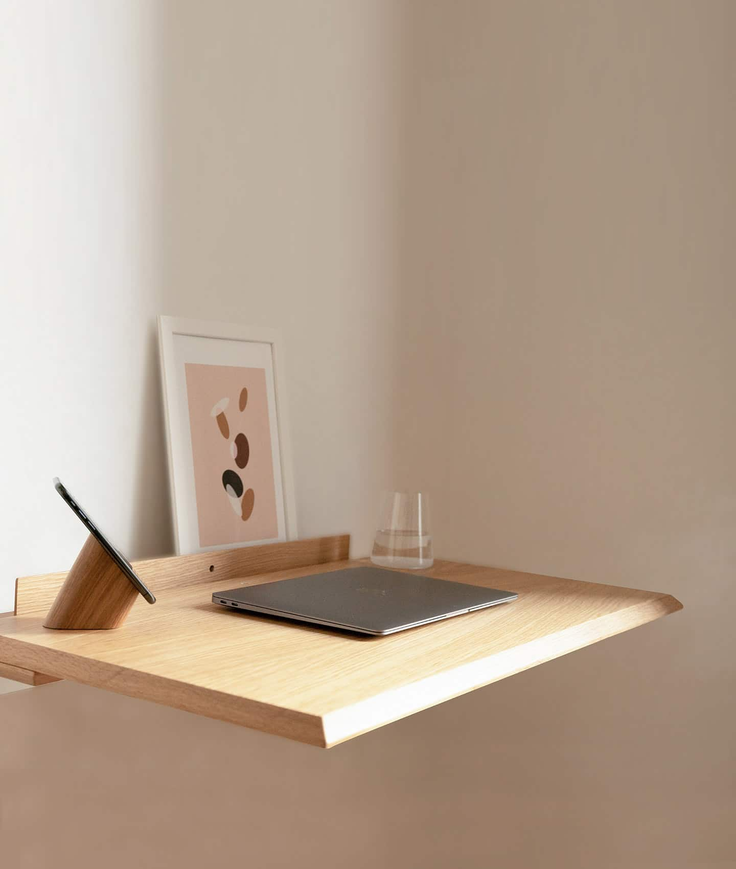 Mobile_CloseUo_Alada_Folding_Desk_Oak_Woodendot